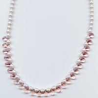 Elegant_pink_necklace1
